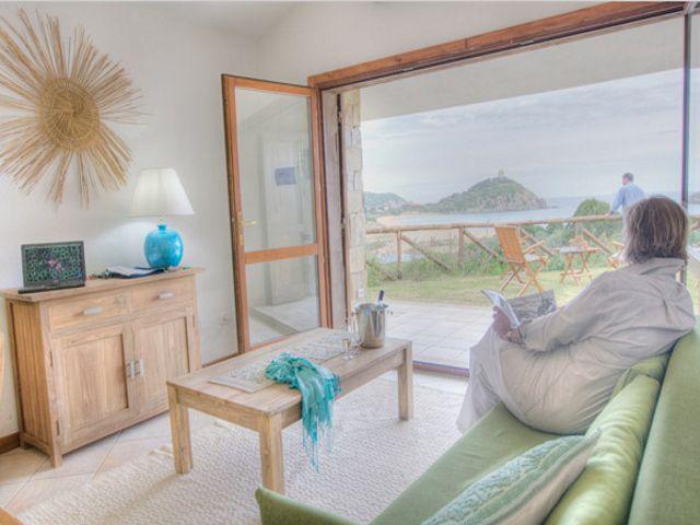 zespersoons vakantiewoning aan zee - zuid sardinie - chia (3).jpg
