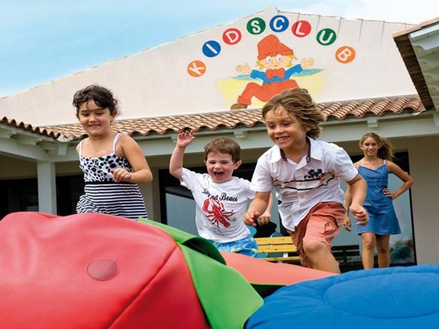 sardinie - resort met kidsclub.jpg