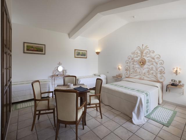 hotel airone - hotel sardinie - arzachena  (5).jpg