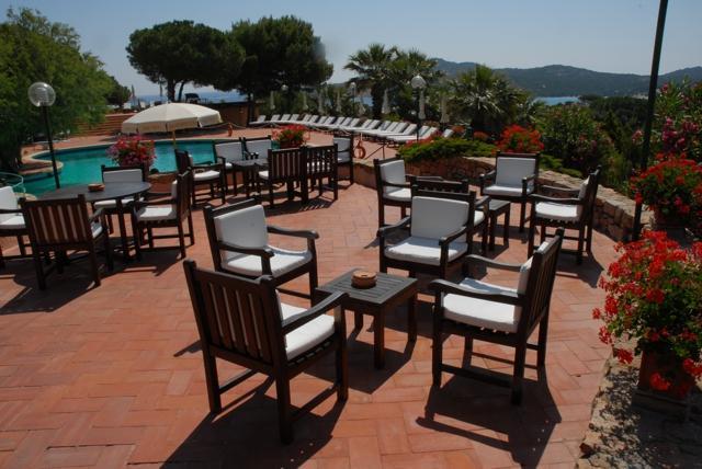 hotel sardinie met prive strand - le ginestre.jpg
