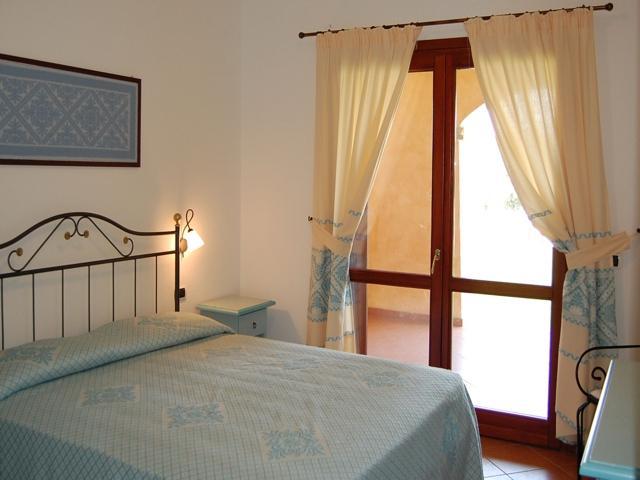 appartement sardinie aan zee - residence punta marana - vakantie sardinie (7).jpg