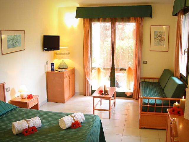 hotel albaruja - hotel sardinie aan zee - sardinia4all (20).jpg