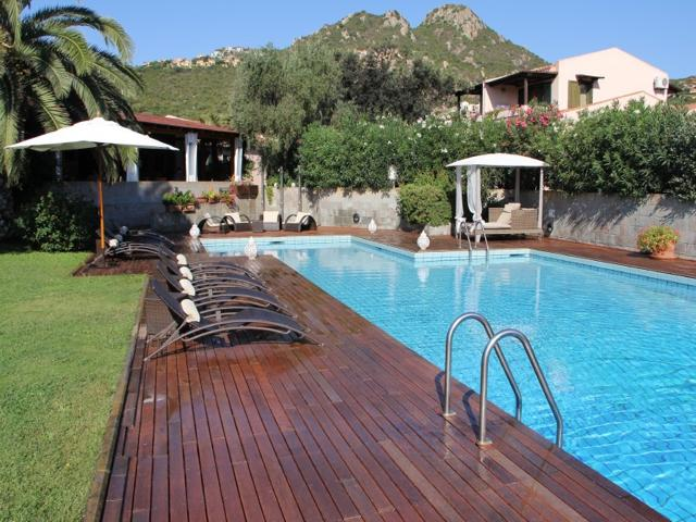 hotel albaruja - hotel sardinie aan zee - sardinia4all (4).jpg