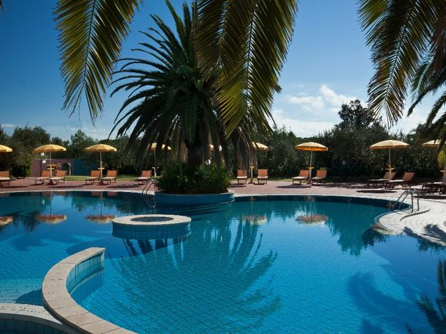 i giardini di cala ginepro - hotel resort sardinie (5).jpg