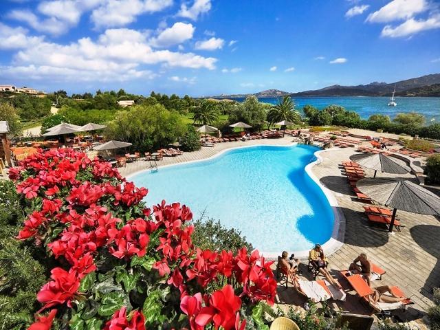 resort sardinie - vakantiehuis sardinie aan zee - sardinia4all (5).jpg