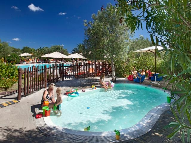 resort sardinie - vakantiehuis sardinie aan zee - sardinia4all (7).jpg
