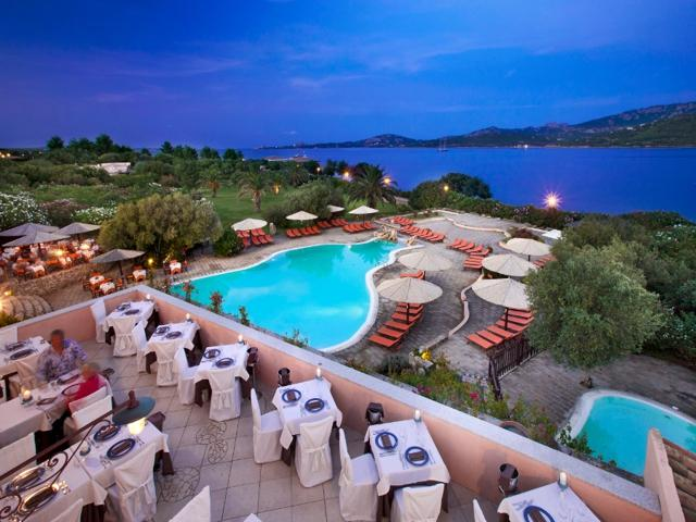 resort sardinie - vakantiehuis sardinie aan zee - sardinia4all (3).jpg