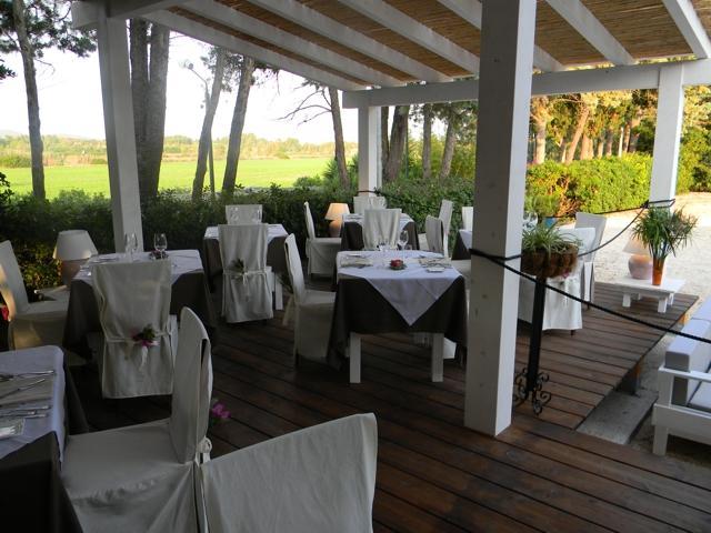 country-hotel-sardinie-is-benas-lodge (1).jpg