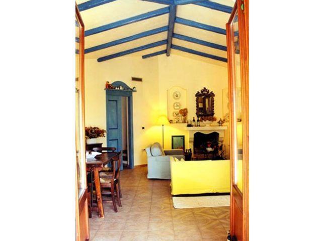 vakantiehuis-santa-margherita-di-pula-villa-ortensia (12).jpg
