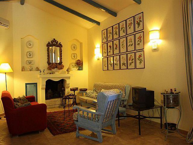 vakantiehuis-santa-margherita-di-pula-villa-ortensia (6).jpg