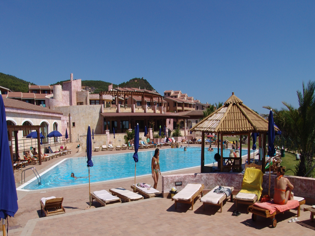 vakantie_appartementen_sardinie_aan_zee_porto_corallo_villaputzu (26)