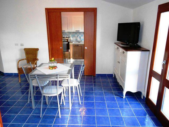 sardinie-vakantie-appartement-cala-gonone (4).jpg