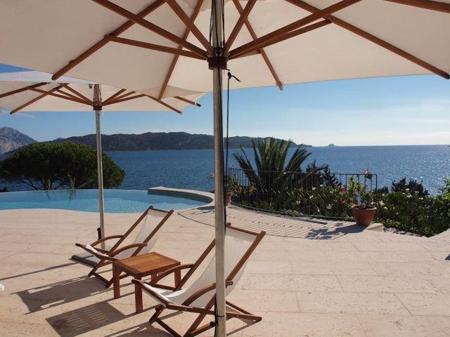 vakantiehuis-sardinie-met-zwembad (1).jpg