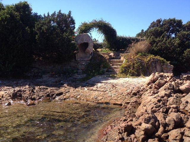 vakantiehuis-sardinie-met-zwembad (4).jpg