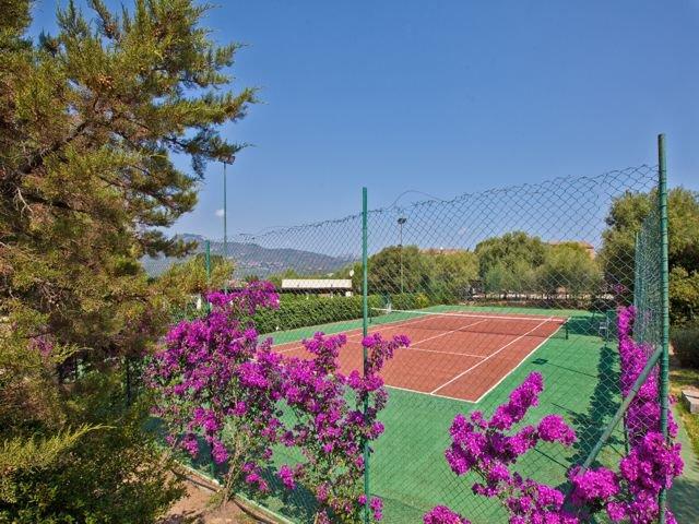 stella-gallura-tennisbaan.jpg