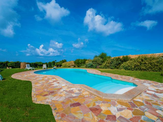 luxe vakantiehuis noord sardinie met zwembad - sardinia4all (7).png