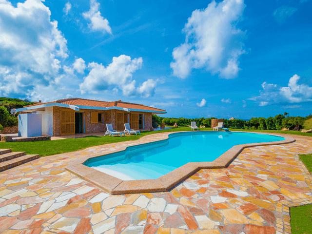 luxe vakantiehuis noord sardinie met zwembad - sardinia4all (1).png