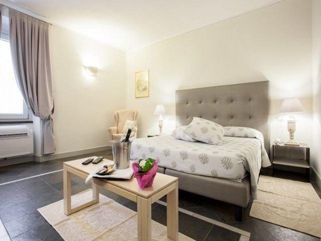 charme-hotel-sardinie-maison-tresnuraghes (8).jpg