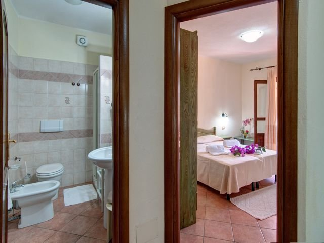 family comfort - hotel i ginepri - cala gonone (4).jpg