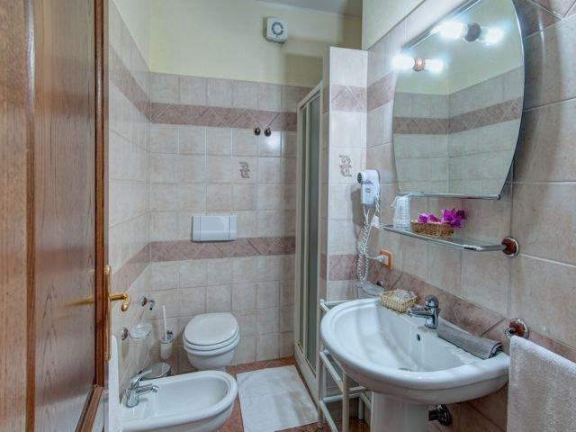 family comfort - hotel i ginepri - cala gonone (3).jpg