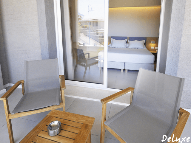 deluxe-rooms-domu-simius-villasimius-4.png