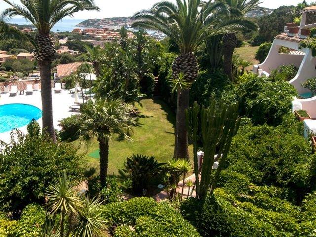 hotel-porto-cervo-balocco-il-giardino1.jpg