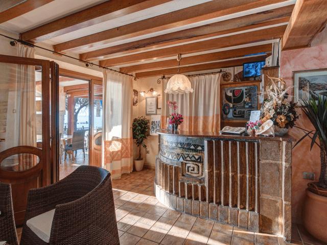 la conchiglia - hotel in de gezellige havenstad cala gonone (2).png