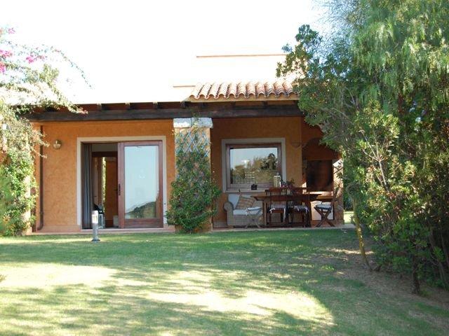 vakantiehuis sardinie - villa baia chia - villas sardinia (5).jpg