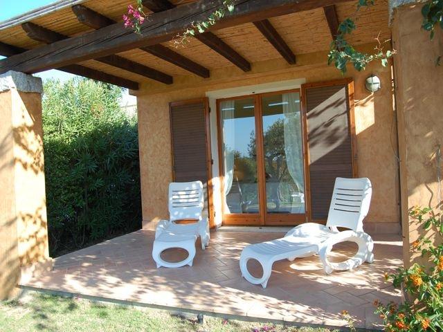 vakantiehuis sardinie - villa baia chia - villas sardinia (4).jpg