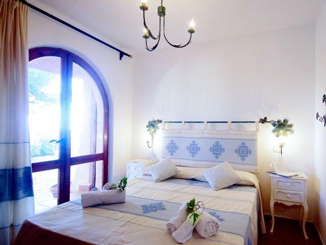 12-persoons-vakantiehuis-sardinie-sardinia4all (1).jpg