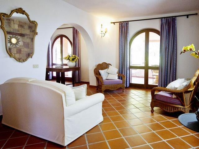 12-persoons-vakantiehuis-sardinie-sardinia4all (8).jpg
