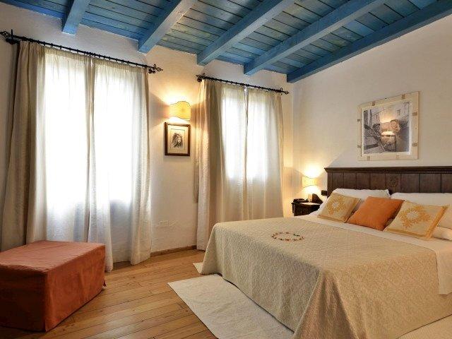 orlando resort deluxe 1-02-01.jpeg