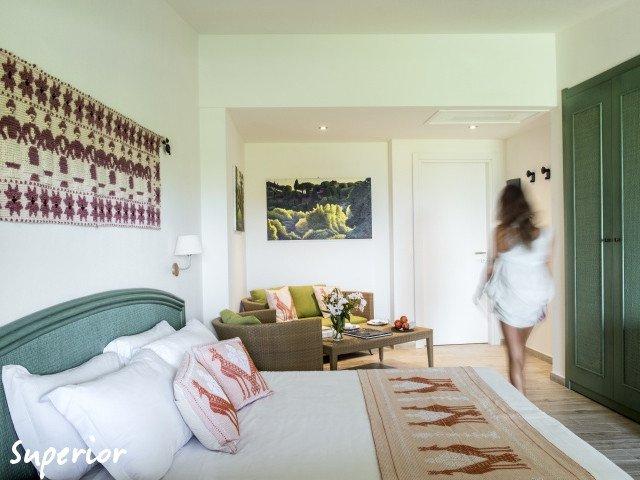 hotel cormoran superior 2.jpg
