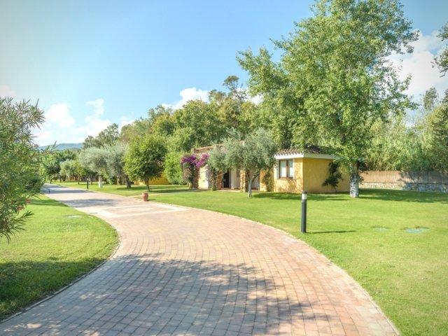 garden-beach-hotel-cala-sinzias-sardinie (19).jpg