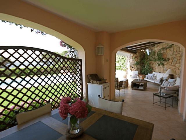vakantiehuis-porto-rotondo-sardinie-met-zwembad (14).png