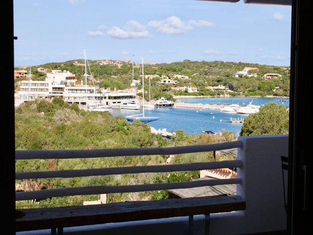 vakantiewoning-met-zwembad-in-porto-cervo-sardinie