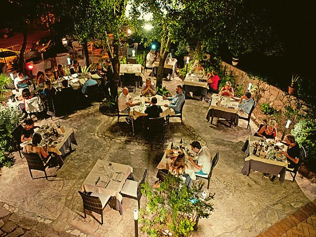 640x480-hotel-nascar-santa-maria-navarrese (2).png