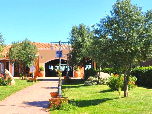 640x480-baia-dei-pini-budoni-sardinien (3).png