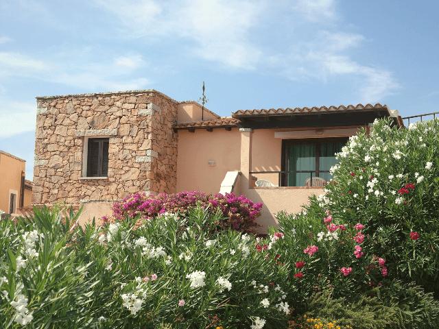sardinia blu residence in golfo aranci sardinien.png