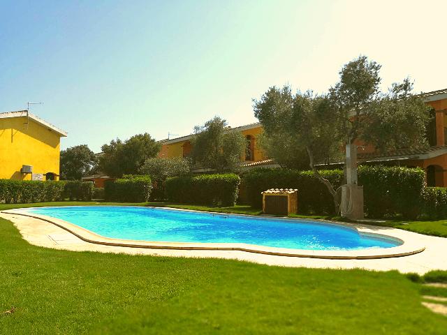 is potettus porto pino villa mit pool (2).png