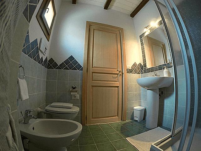 olbia inn economy rooms in olbia (7).png