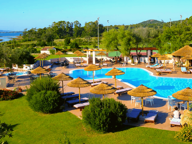 hotel airone baia sardinia cannigione sardinien (1).png