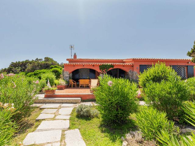 villa magica mare e rocce olbia pittulongu direkt am meer  sardinien (10).png