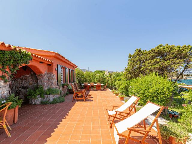 villa magica mare e rocce olbia pittulongu direkt am meer  sardinien (45).png