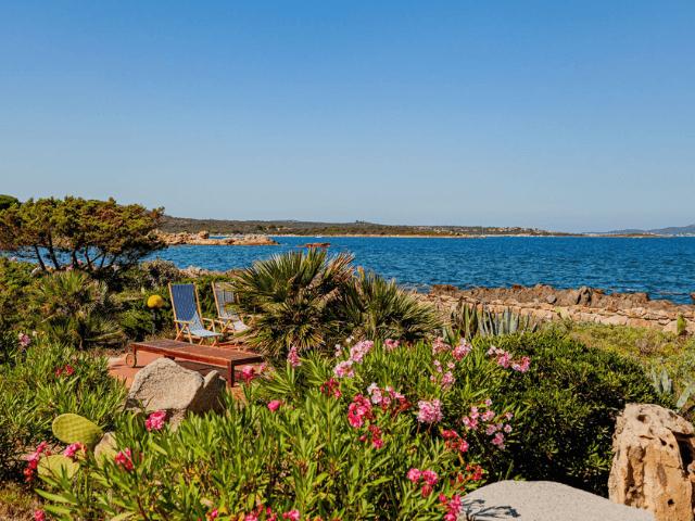 villa magica mare e rocce olbia pittulongu direkt am meer  sardinien (43).png