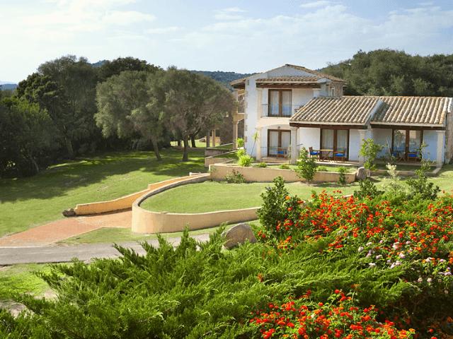 parco degli ulivi sardinien hotel garden (4).png