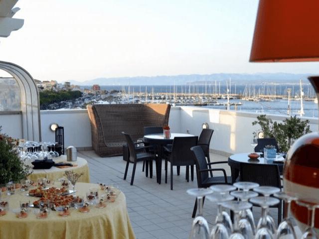 carloforte hotel riviera san pietro sardinien (10).png