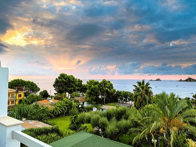 strand hotel mediterraneo santa maria navarrese sardinien (4).png