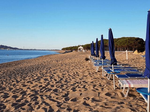 strand hotel mediterraneo santa maria navarrese sardinien (32).png