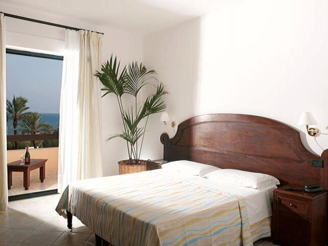 strand hotel mediterraneo santa maria navarrese sardinien (18).png